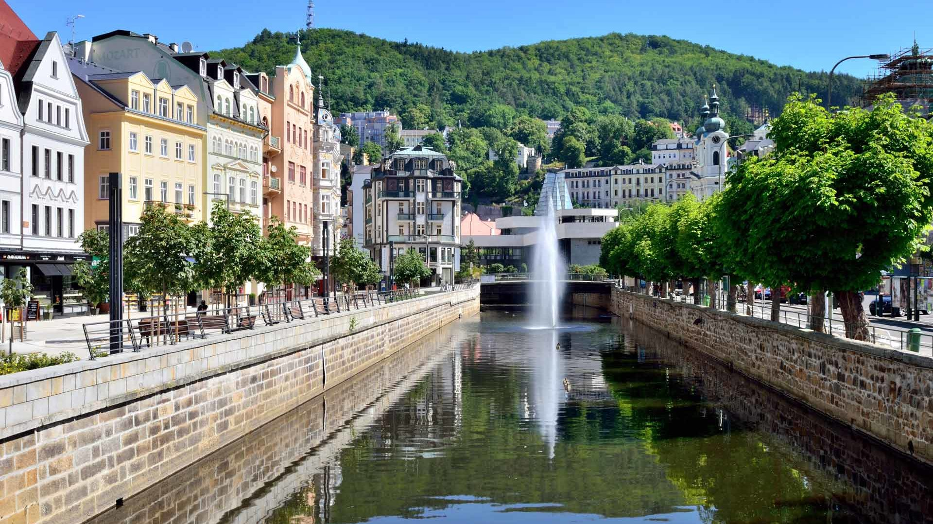 cropped-Karlovy-Vary-Tour.jpg