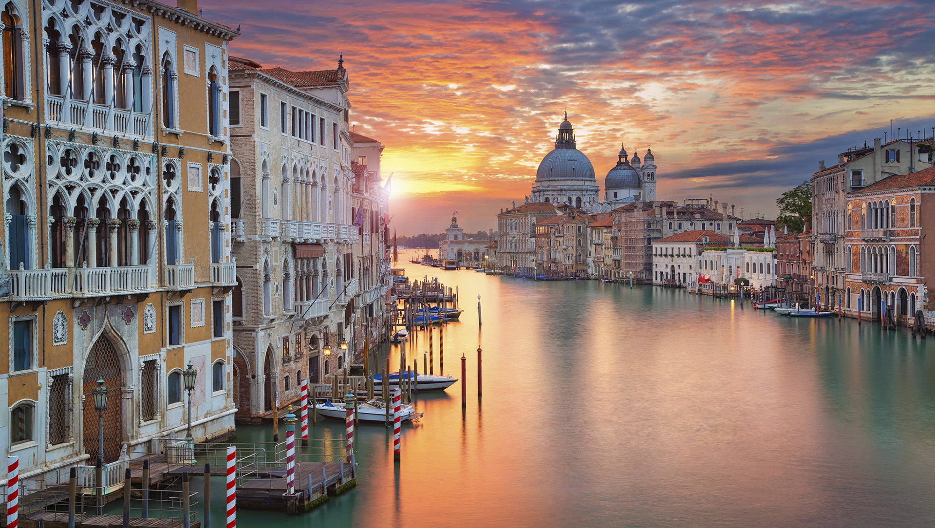 cropped-Venice-Italy.jpg
