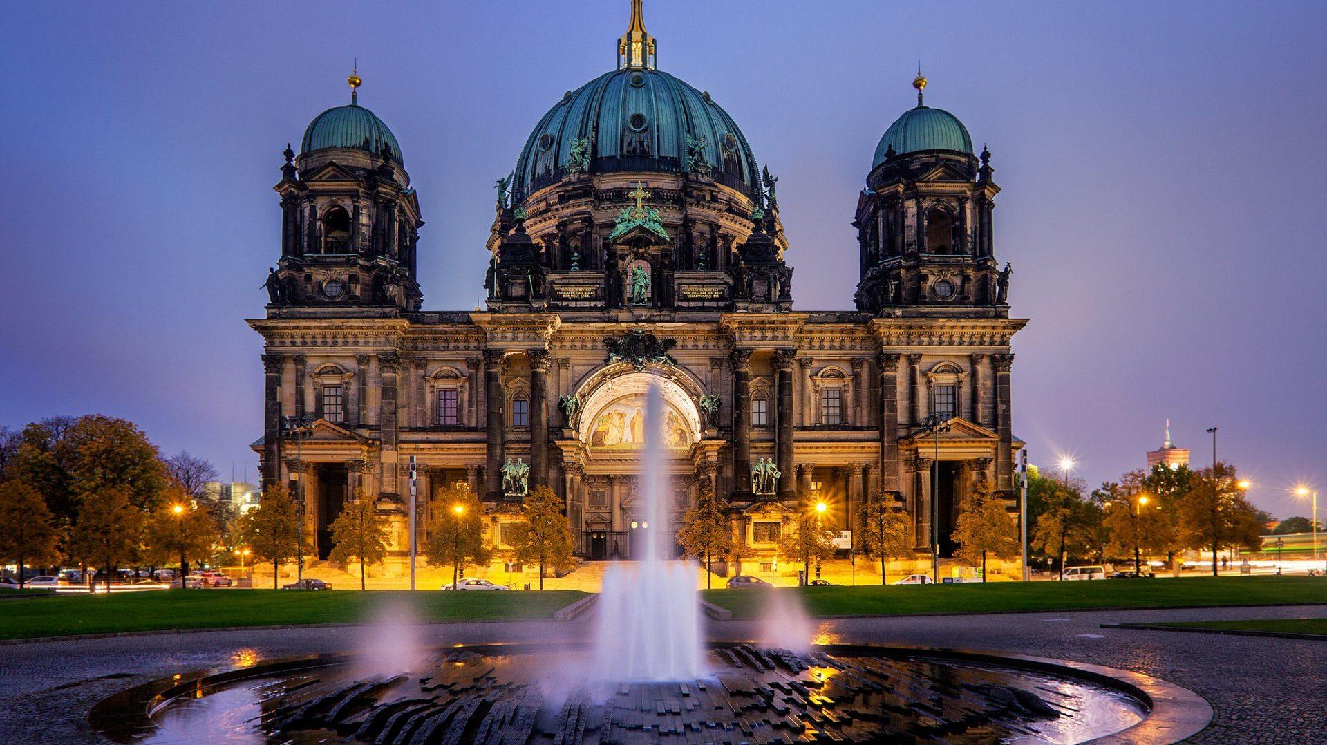cropped-berlin-germany.jpg