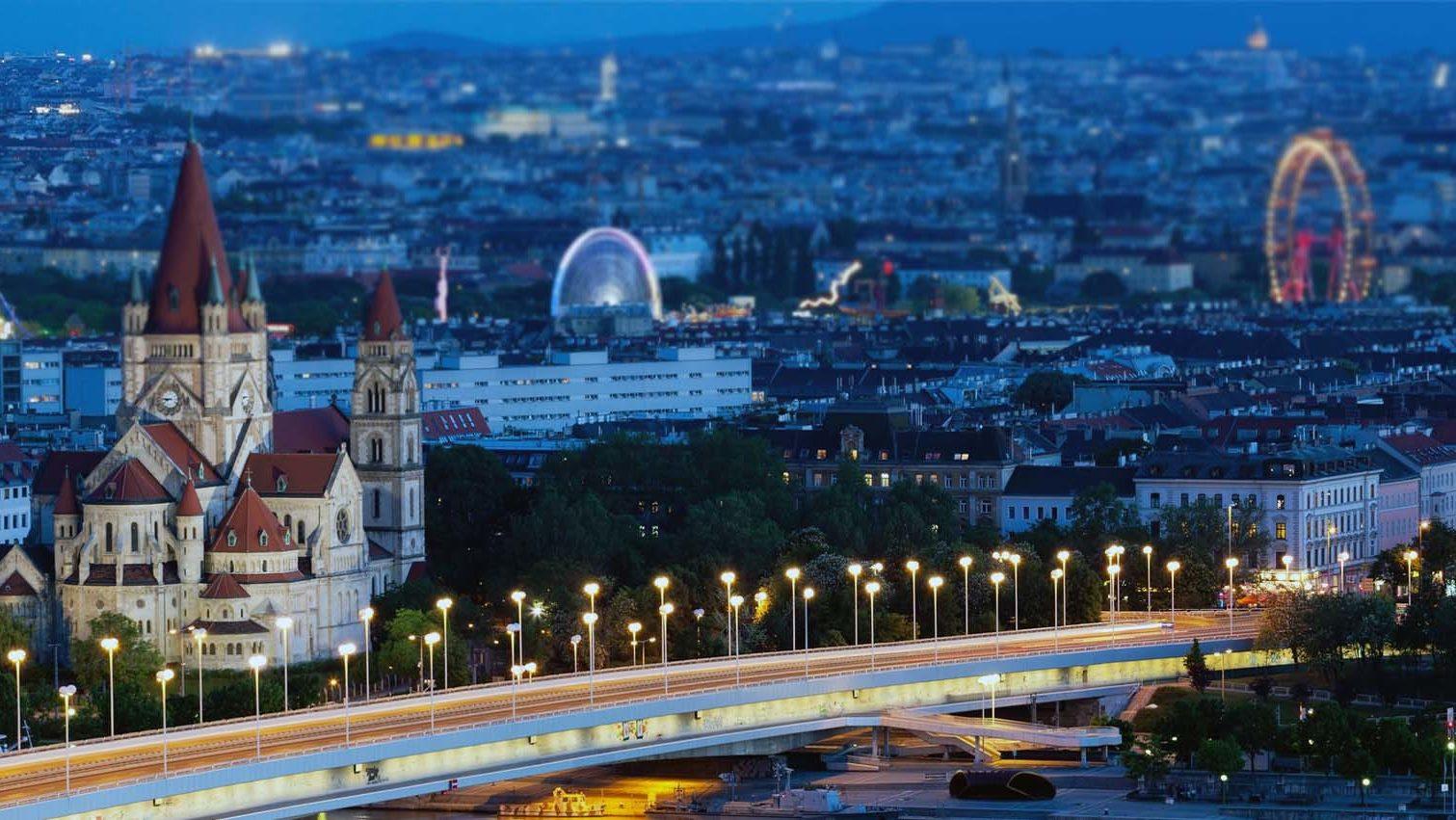 cropped-vienna_austria.jpg